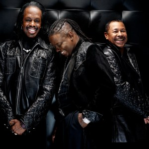 earth wind fire 300x300 Earth Wind and Fire To Perform Music From New CD During HSN Live Concert