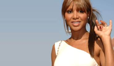 "toni braxton wallpaper     OWN: Oprah Winfrey Network Announces Toni Braxton to Star as Darlene Love in Network's First Scripted TV Film ""My Name is Love: The Darlene Love Story"""