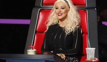 """THE VOICE -- """"Blind Auditions"""" -- Pictured: Christina Aguilera -- (Photo by: Greg Gayne/NBC)"""