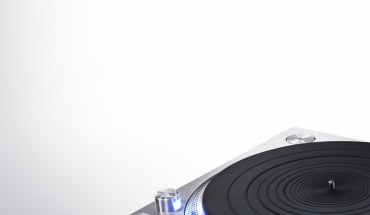 Technics Redefines the Direct-Drive Turntable with the Launch of Next-Generation Reference Model (PRNewsFoto/Panasonic)