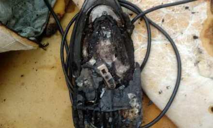 Olvidaron la plancha enchufada y se desató un incendio