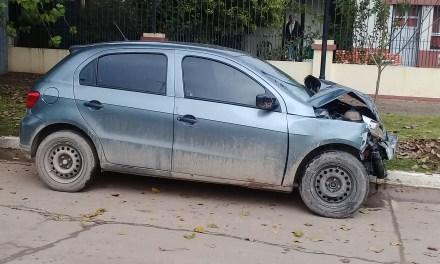 Personas atrapadas en una colisión entre dos vehículos