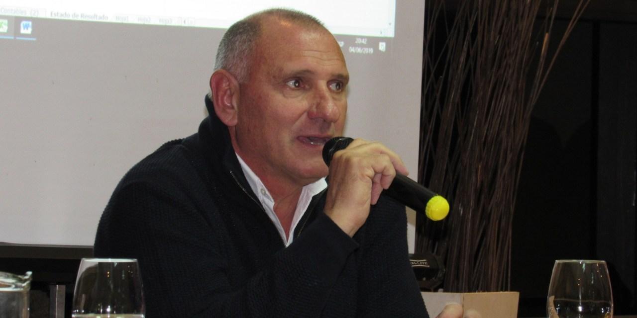 Asamblea en Sportivo donde el Presidente llamó a la incorporación de jóvenes que se hagan cargo dentro de dos años de los destinos del Club