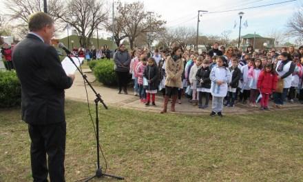 En el «Día de la Bandera», se homenajeó al General Manuel Belgrano, en el 199º aniversario de su fallecimiento