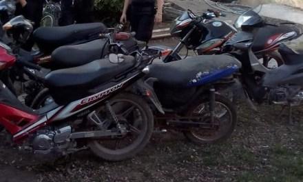 Seis motos robadas en un baldío