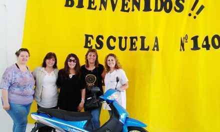 Entregaron premios del Bono de la Escuela 1404