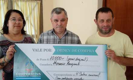 Cooperativa de Viviendas entregó un premio y continúa con la venta del Bono