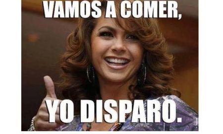 Los memes de Lucero