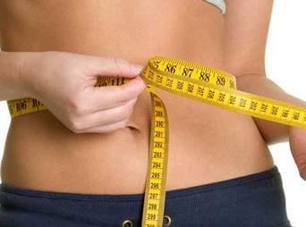 ¿Cómo evitar los kilitos de más? Diciembre siempre nos pone en aprietos sobre nuestro peso, te dejamos sencillos consejos que puedes seguir.