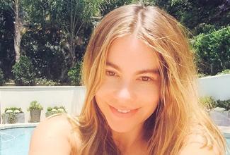 En redes causó revuelo entre los fans y curiosos la foto de Sofia Vergara sin maquillaje, en ella  la colombiana se ve incluso más joven.