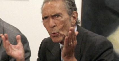 ANTONIO GALA INAUGURA EXPOSICIÓN DE SU FUNDACIÓN EN SALAMANCA