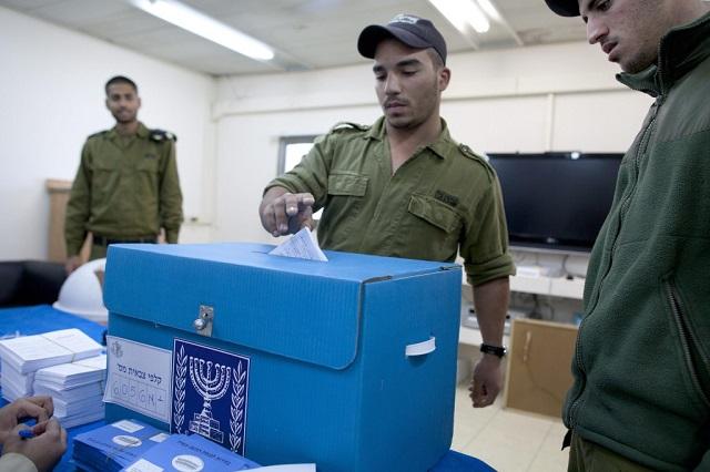 Hartos del alarmismo de Netanyahu, pero con fundados motivos de alarma, con Egon Friedler