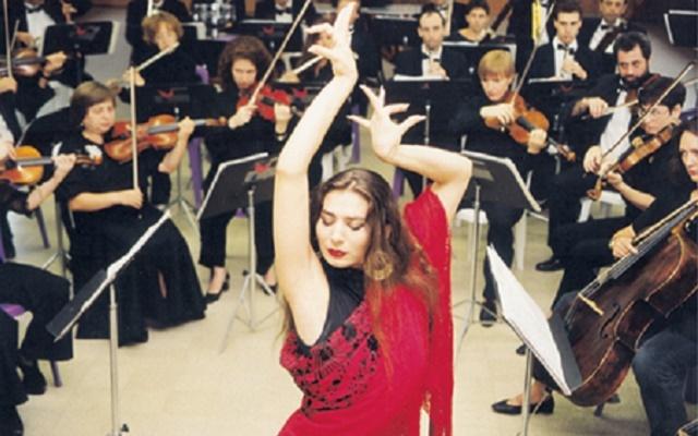 Ornili Azulay, danza y deseo