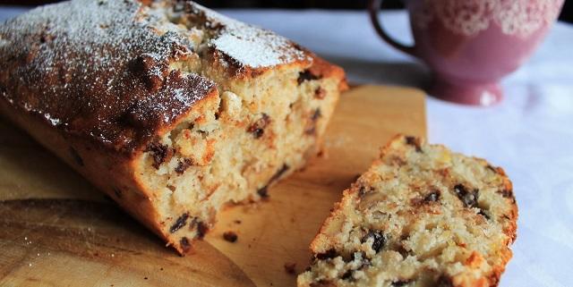 Para romper el ayuno de Kipur: compota y pastel de frutas