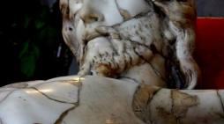 Il Crocifisso 'ferito' di Napoli