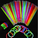 Glow Stick Party Supply Pack Bracelets and Necklaces Only $8.59 + FREE Shipping!