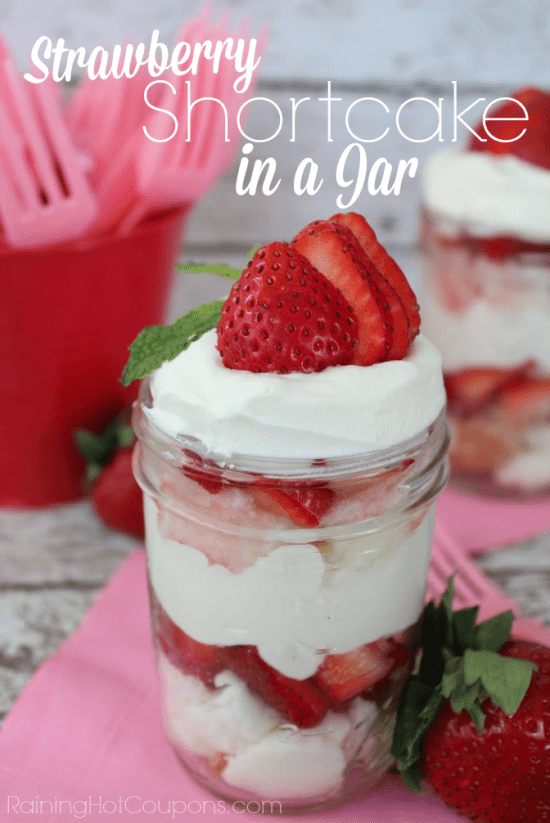 strawberry shortcake in a jar.png
