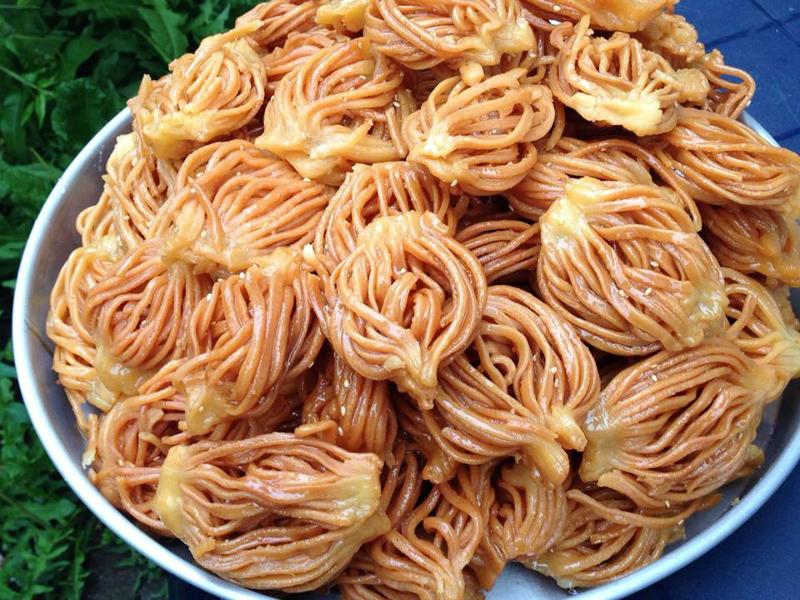 Spaghetti chebakia