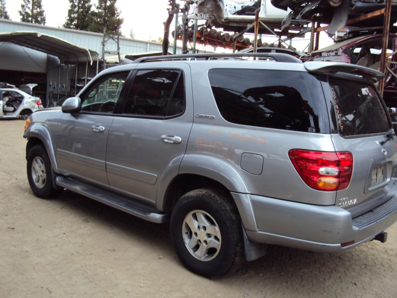 2002 TOYOTA SEQUOIA SUV LIMITED MODEL 47L V8 AT 2WD COLOR SILVER