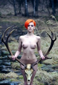 nude girl with skull