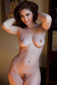 arms up with perfect bush