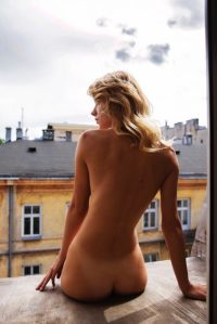 nude on the roof