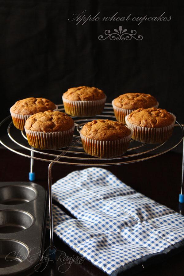 wheat apple cupcake recipe | Eggless Muffins
