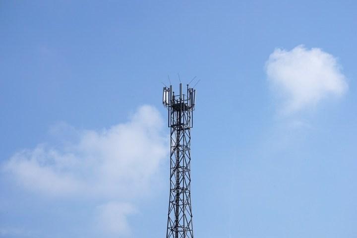radio-tower-2817422_960_720