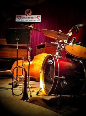 I have missed live music since Opera Pacific closed, but Steamers Jazz Club has proven to be an inexpensive way to scratch that itch!