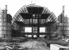 The north hangar under construction in Tustin circa 1943.