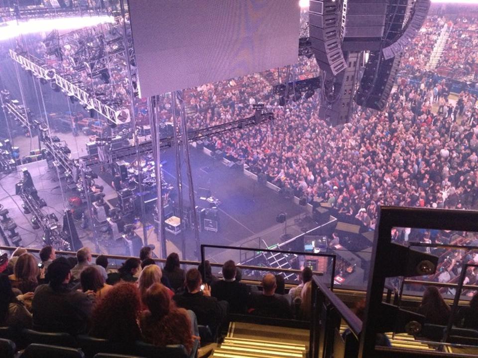 Mohegan Sun Arena Section 120 Concert Seating - RateYourSeats