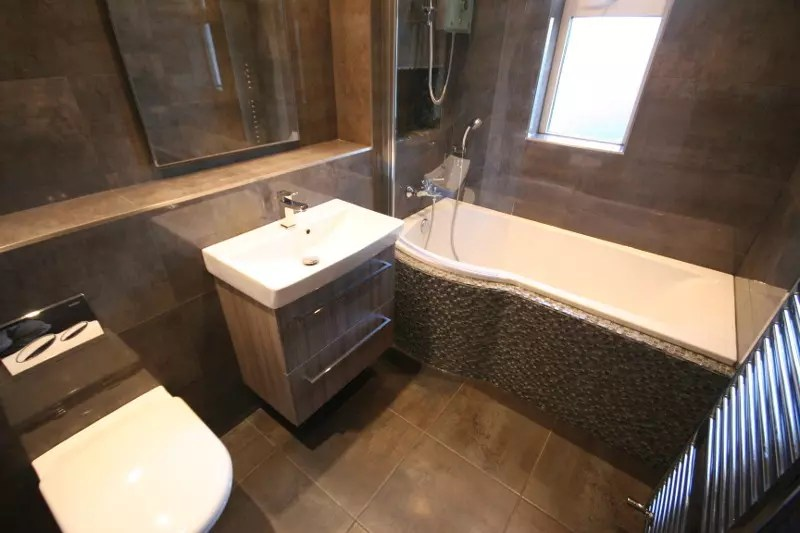 Bathroom 17