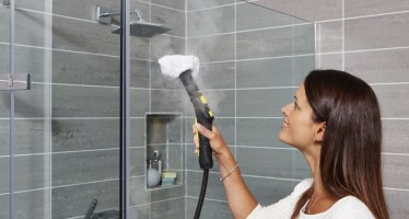 steam_cleaning_bathroom