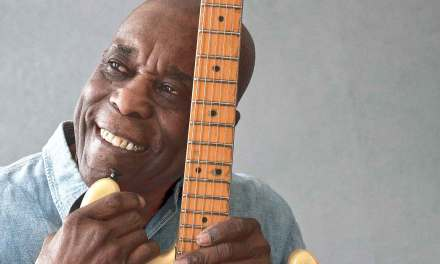 Buddy Guy's Worried About The Blues