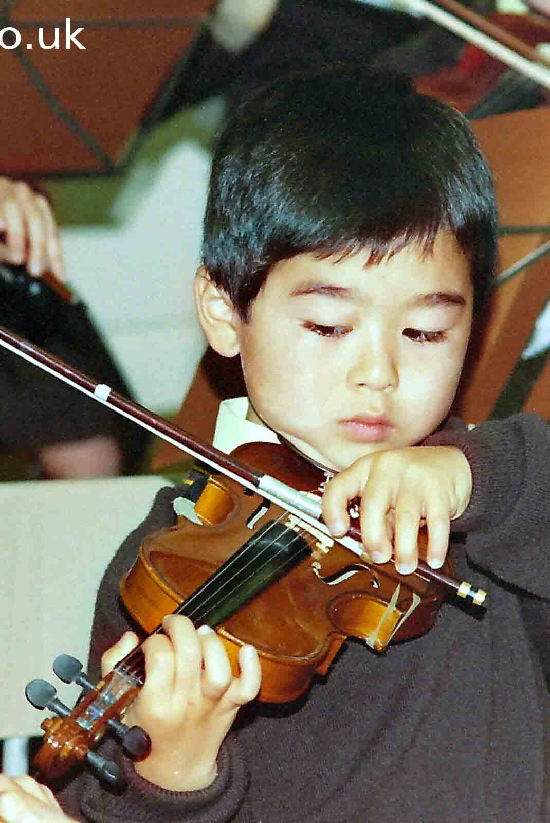 My beautiful picture of young violinist, Cheam.