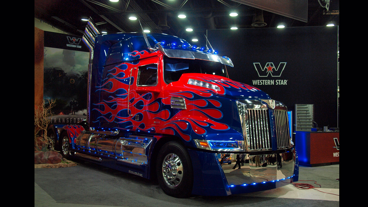 Transformers Fall Of Cybertron Wallpaper Hd Highlights At The 2014 Mid America Trucking Show Ritchie