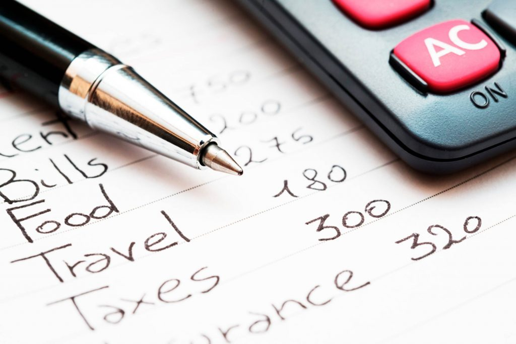 How to Make a Budget You Can Actually Stick To Reader\u0027s Digest - creating a budget