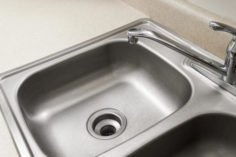 11 Ways You39re Cleaning Your Kitchen Wrong Reader39s Digest