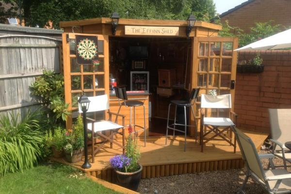 12 Amazing Pub Sheds You Would Love To Have In Your Back