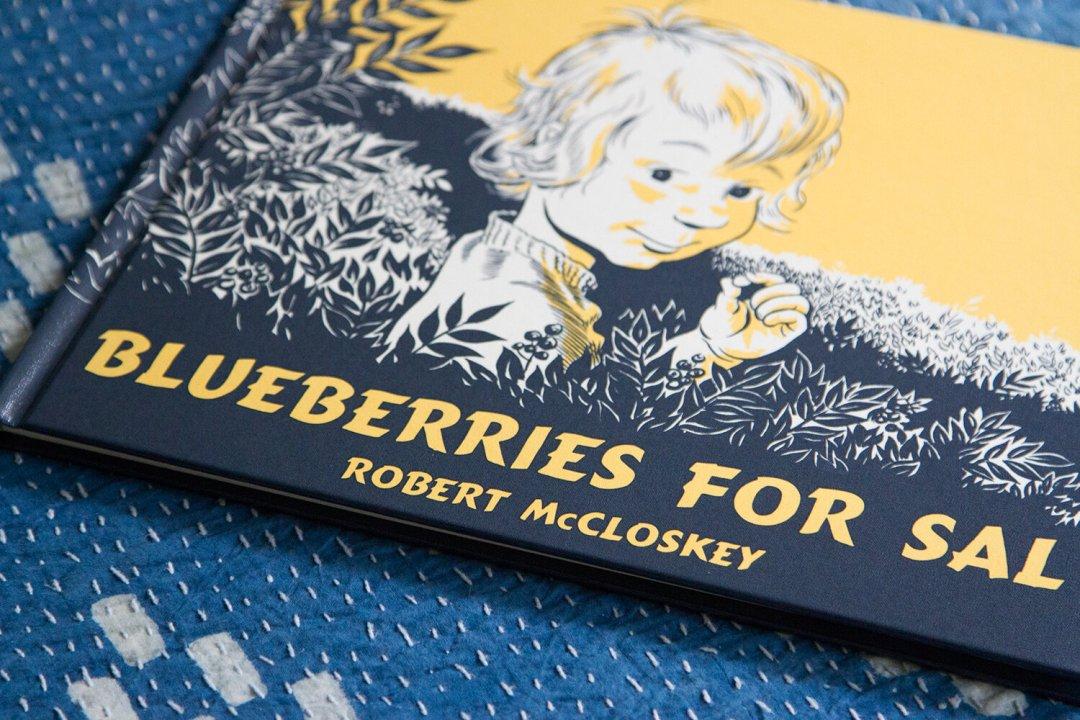 blueberries_for_sal_reading_my_tea_leaves_IMG_8810