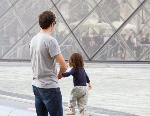 paris_toddler_reading_my_tea_leaves_IMG_0194