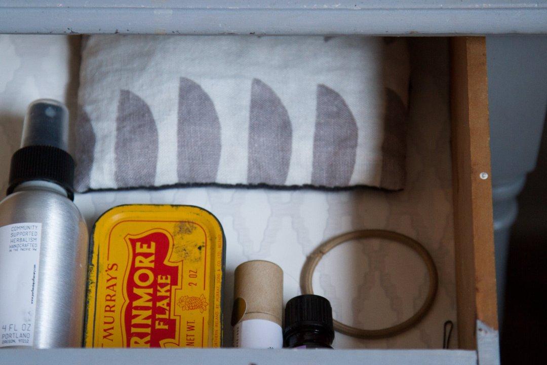 drawer | reading my tea leaves