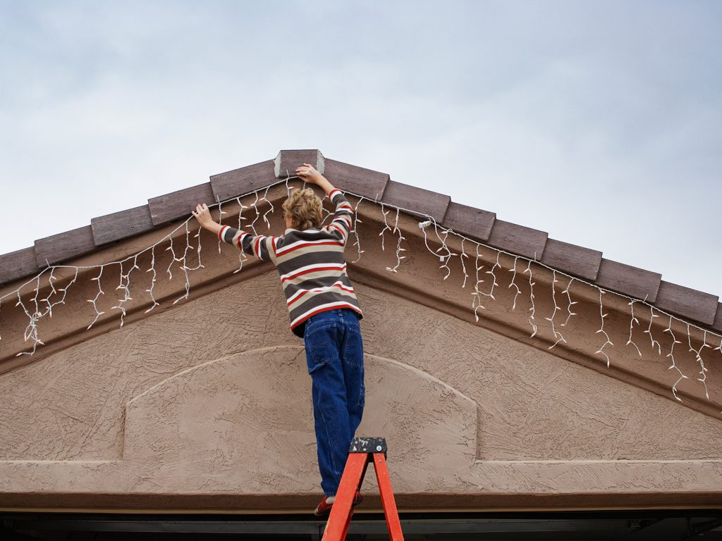 Install Christmas Lights Without Ladder