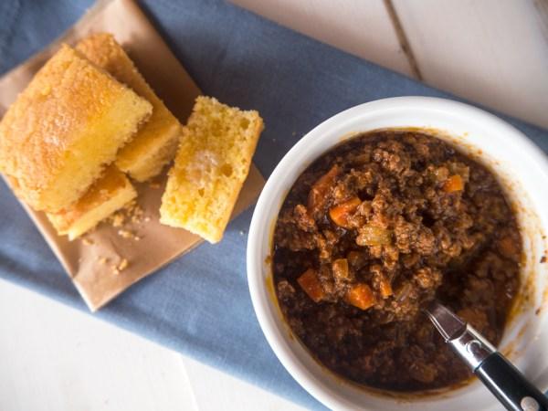 Bean Free Chili and No-Corn Cornbread
