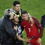 Un beau geste de Cristiano Ronaldo