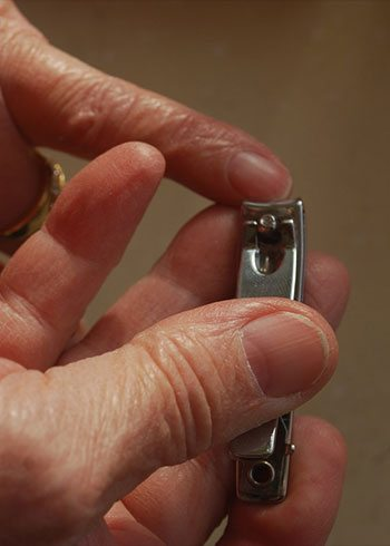 How to Cut Your Nails A Man\u0027s Guide to Getting It Right
