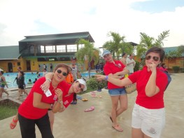 Wearing red shirts as chapter color, members of REBAP Makati participated at the annual REBAP Family Day in La Vista Pansol, Calamba, Laguna last May 29, 2016.