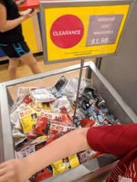 Rebelscum.com: LEGO: Polybags On Sale At FL Park