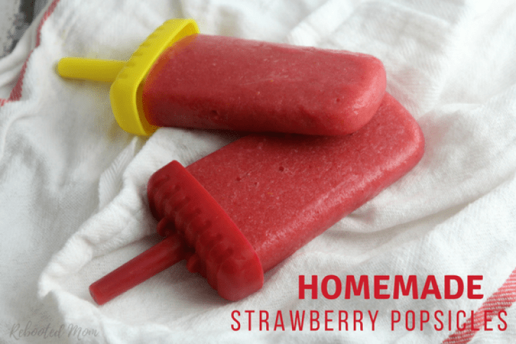 Looking for a healthier alternative to store bought popsicles? These homemade strawberry popsicles are easy and simple and made with fresh strawberries and raw honey.