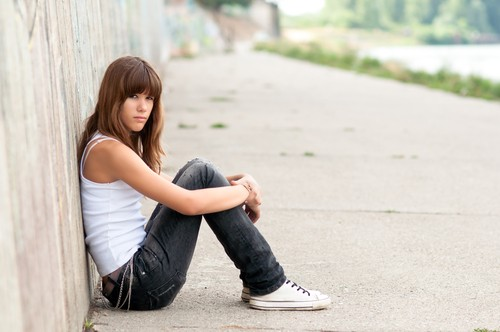 Cute Sad Alone Girl Wallpaper Dr Phil Teen Residential Treatment Amp Heroin Addiction